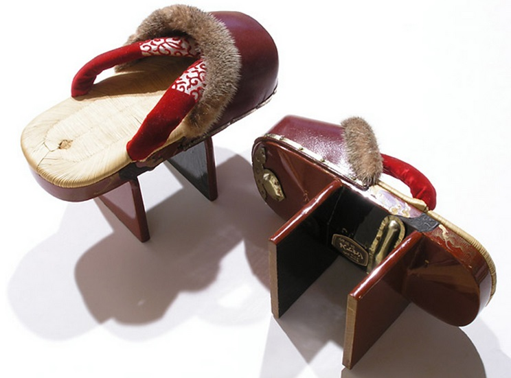 Two-teethed geta, About 1920, Japan, Lacquered wood, silk,, rabbit fur, grass and metal, V&A: FE.11:1, 2-2015