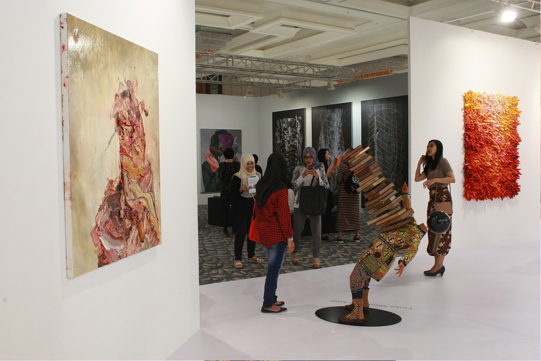 Pearl Lam Galleries - Art Stage Jakarta 2016 (Business Lounge Journal).