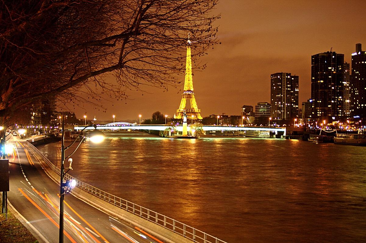 Flickr - Torre Eiffel vista notturna #1 - Davide Restivo
