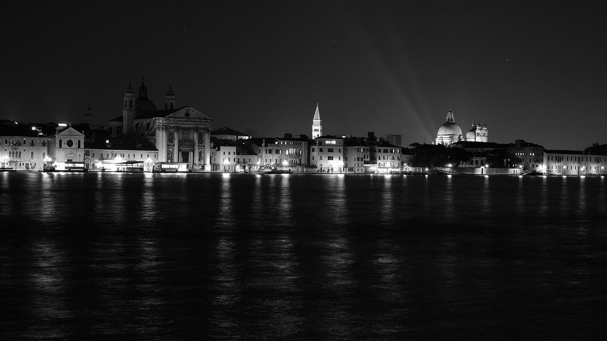 Flickr - Journey's End - Venice - Andrew Stawarz