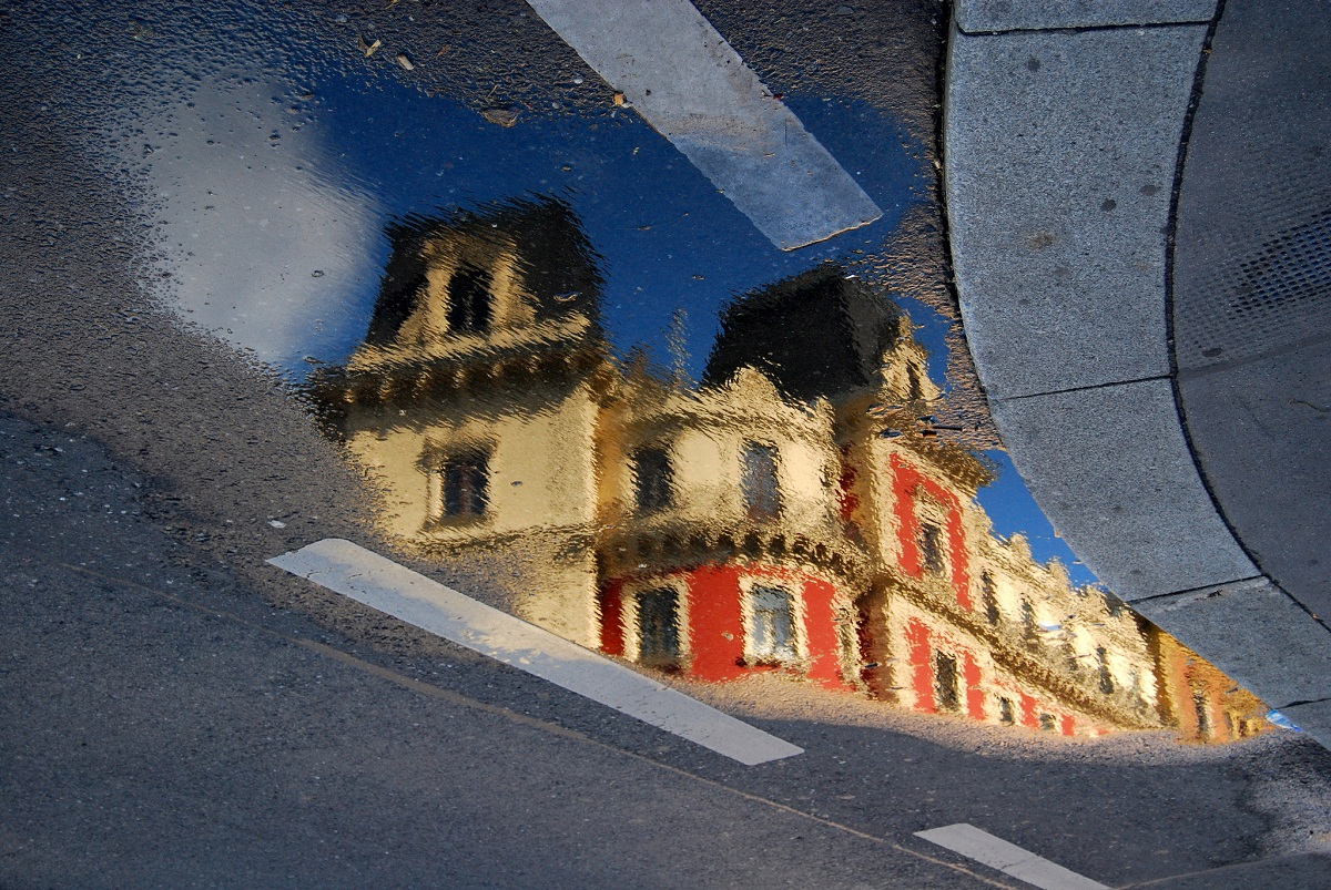 Flickr - Viennese houses reflected - Carlos ZGZ