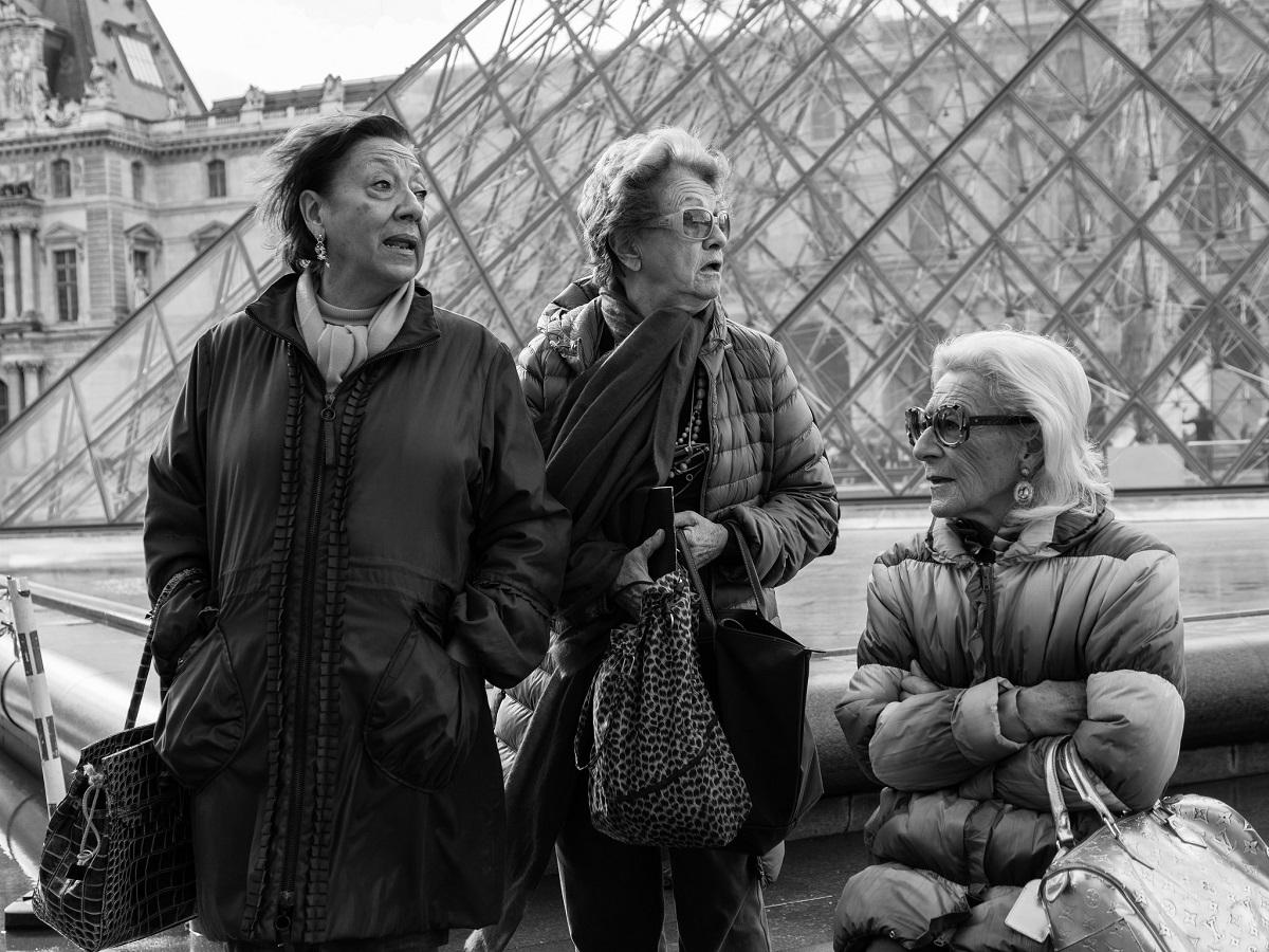 Flickr - ladies in paris - Mario Mancuso